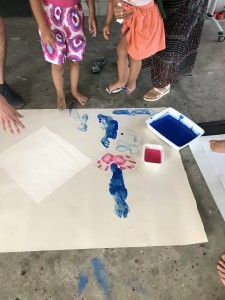 peinture pied - main 1 - Mosaïque - 10 août