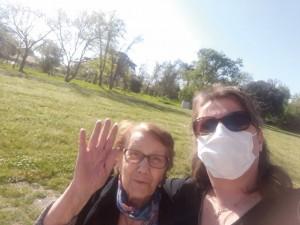 Loubayssens - Sortie dans le parc avec Christelle